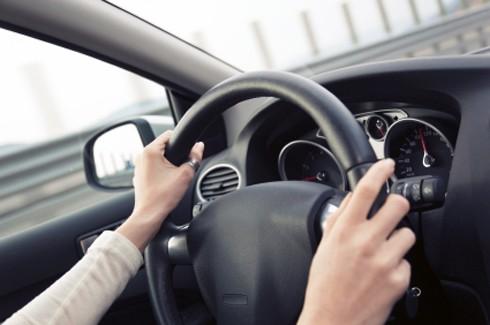 Video: Cảnh báo tình huống lái xe cực nguy hiểm