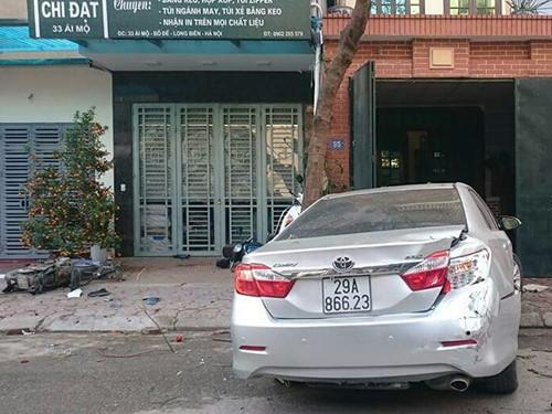 Hà Nội: Khủng khiếp xe Camry phóng như phim hành động, đâm chết 3 người
