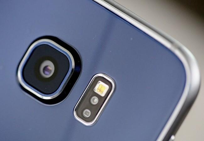 Cận cảnh smartphone đầu tiên tích hợp camera pixel kép