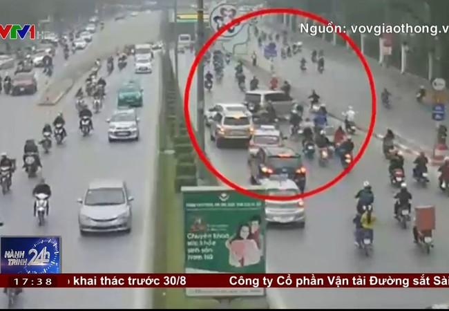 Ô tô ngang ngược băng qua dải phân cách cửa hầm Kim Liên