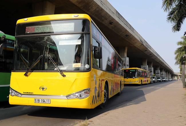 Video: Trải nghiệm xe buýt 5 sao đầu tiên ở Sài Gòn