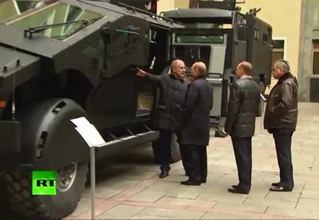 Video đầu tiên về siêu xe bọc thép bí mật mới dành cho FSB