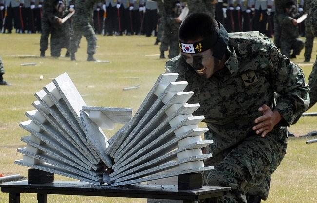 Video: Bí mật sức mạnh của đặc nhiệm Hàn Quốc