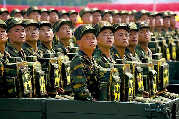 Võ thuật đặc nhiệm Triều Tiên: Vũ khí chính là người lính (video)
