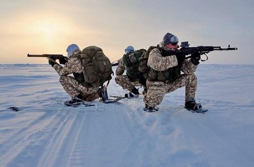 Video: Xem đặc nhiệm Chechnya chiến đấu ở -34 độ C