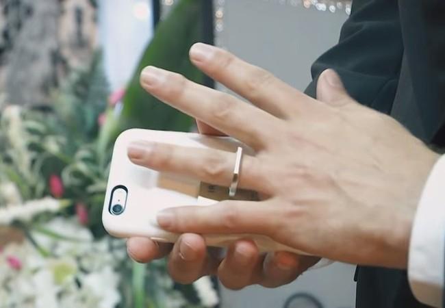 Chervenak chính thức tổ chức lễ cưới vào ngày 20/5 vừa qua.