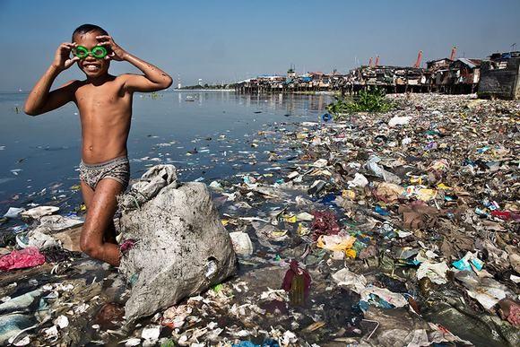 Nhiều nước trên thế giới từng ghi nhận các vụ cá chết hàng loạt, biến đổi hệ sinh thái hay ảnh hưởng đến sức khoẻ của người dân mà nguyên nhân chủ yếu là do ô nhiễm nguồn nước.
