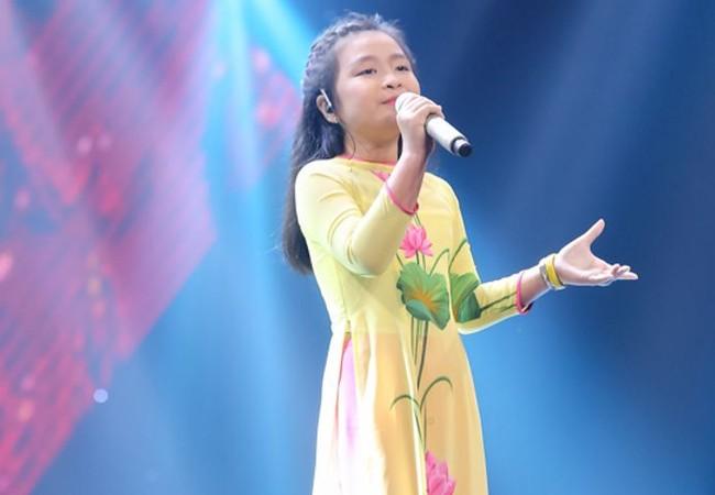 Nguyễn Hoàng Mai Anh trở thành một trong những gương mặt sáng giá của Giọng Hát Việt Nhí 2016.