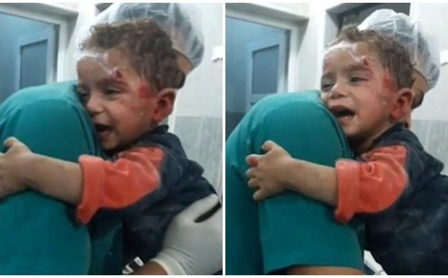 Gương mặt sợ hãi và tuyệt vọng của những đứa trẻ Syria.