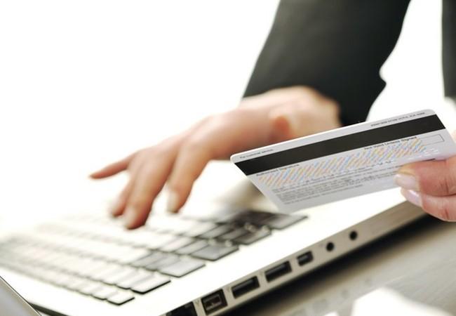 Một trong những cách hữu hiệu để đảm bảo an toàn cho giao dịch trực tuyến là luôn sử dụng mật khẩu mạnh và thường xuyên thay đổi mật khẩu