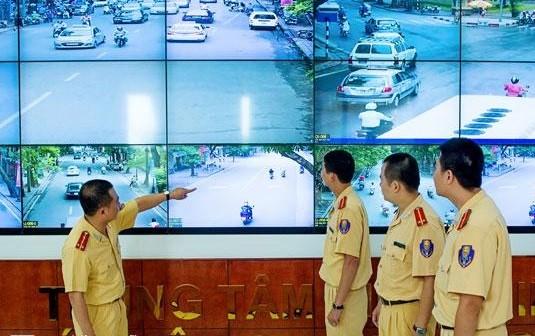 Theo dõi, kiểm soát giao thông qua màn hình trung tâm tín hiệu đèn giao thông - ảnh minh họa: Internet
