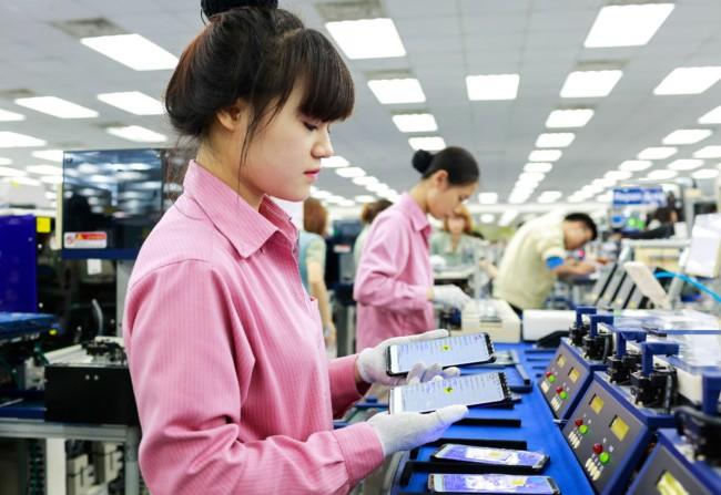 Ít ai biết rằng, nhà máy Samsung tại Việt Nam cung cấp hơn 50% lượng Galaxy S8/S8+ bán ra trên toàn cầu. Ảnh minh hoạ: Internet