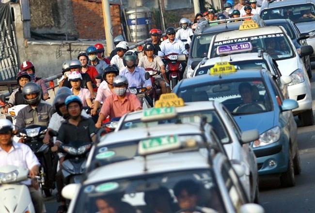 Theo Sở GTVT Hà Nội, khi được đưa vào thực thi, quy chế này sẽ giúp làm giảm bớt mật độ giao thông trên địa bàn Thành phố hiện nay. Ảnh: Taxi Ba Sao