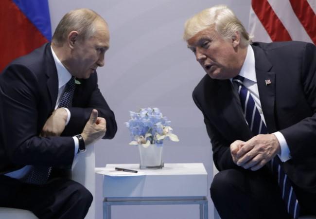 Ông Trump và ông Putin trong lần gặp gỡ đầu tiên bên lề Hội nghị thượng đỉnh G20