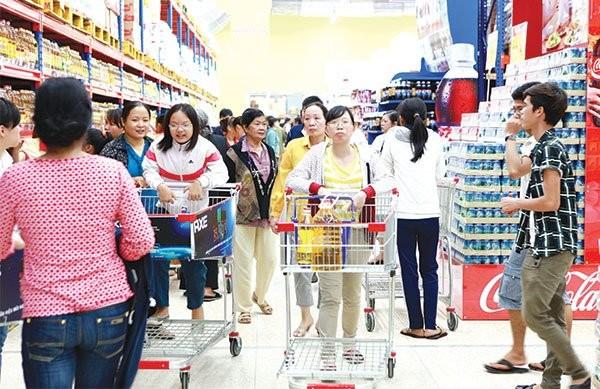 Nhiều ý kiến cho rằng gia nhập TPP giúp Việt Nam phân định lại cơ cấu thị trường. Nhưng cũng có nhiều người lo lắng về sức cạnh tranh của doanh nghiệp và nền kinh tế