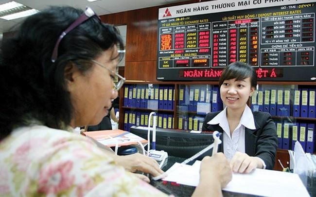 Vì sao nhiều ngân hàng vẫn trì hoãn niêm yết ?