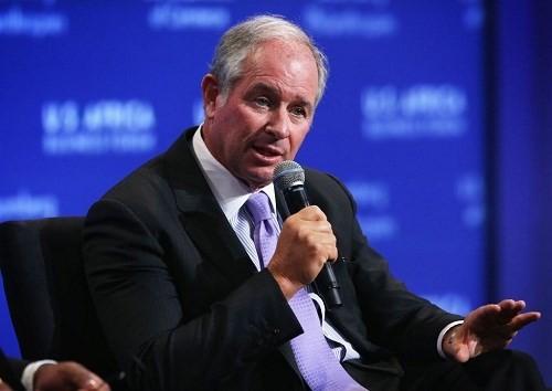 Tỉ phú Steve Schwarzman - Ảnh: Reuters