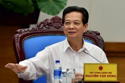 Thủ tướng Chính phủ Nguyễn Tấn Dũng nhấn mạnh: Cải cách hành chính phải đi liền với việc nâng cao đạo đức cán bộ.