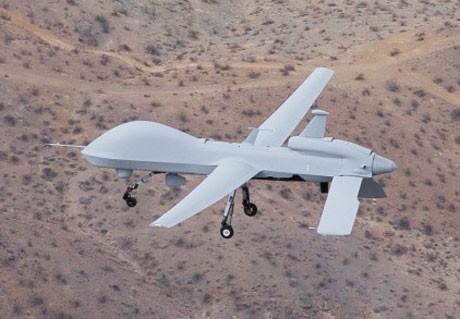 Máy bay không người lái Đại Bàng Xám - Gray Eagle.