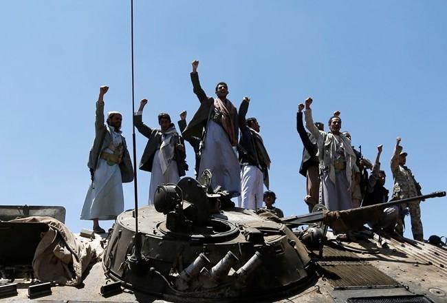 Video một trận săn tăng Arab Saudi của phiến quân Huthis
