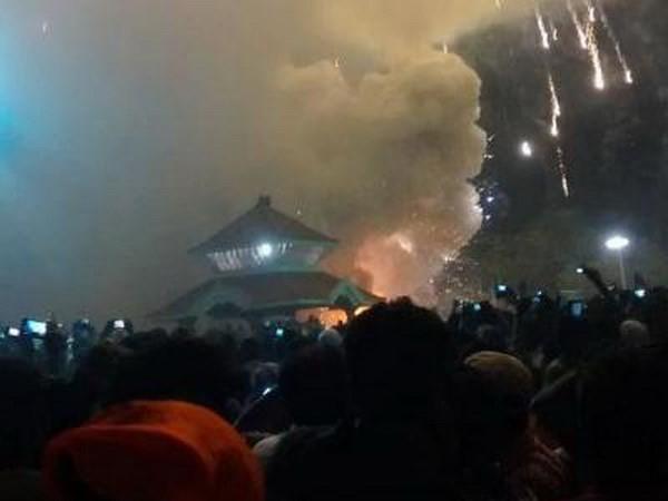 Hiện trường đám cháy ở đền thờ Puttingal. (Nguồn: AP)