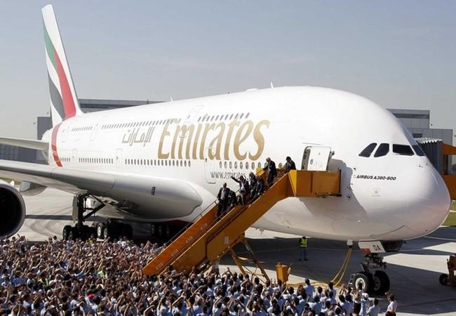 Emirates tiếp tục mua siêu máy bay A380 - Ảnh: Reuters
