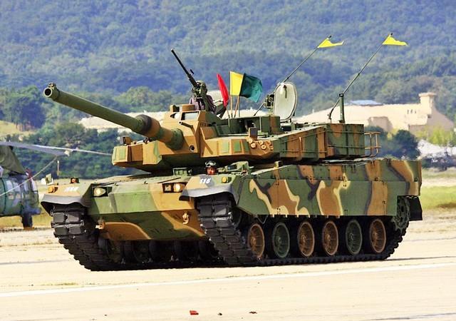 Video tăng đắt nhất châu Á K2 Black Panther nhả đạn diệt mục tiêu