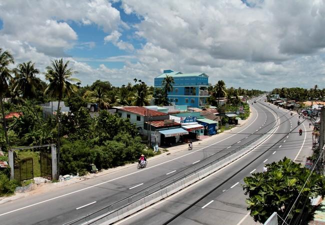 Quốc lộ 1 đoạn Phụng Hiệp - Sóc Trăng. Ảnh VGP