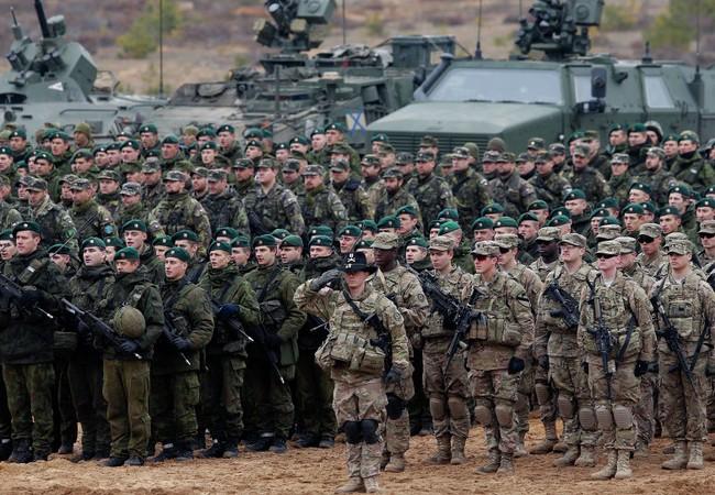 Video: Cuộc tập trận của NATO khiến Moscow tức giận