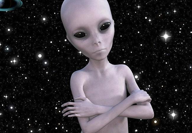 Xác suất tồn tại của người ngoài hành tinh là 18%.