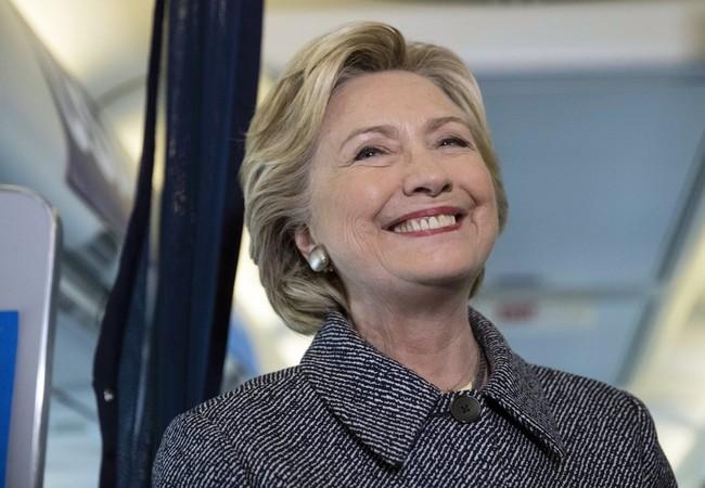 Bà Hillary đứng trước cơ hội lịch sử trở thành nữ tổng thống Mỹ đầu tiên