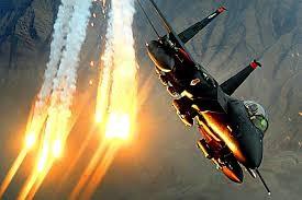 Chiến đấu cơ Mỹ tham gia chiến dịch không kích chống IS tại Syria