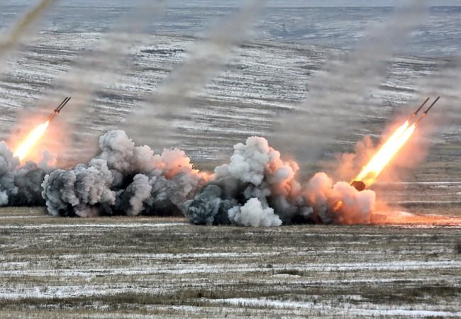 """""""Hung thần"""" pháo phản lực nhiệt áp Nga khai hỏa"""