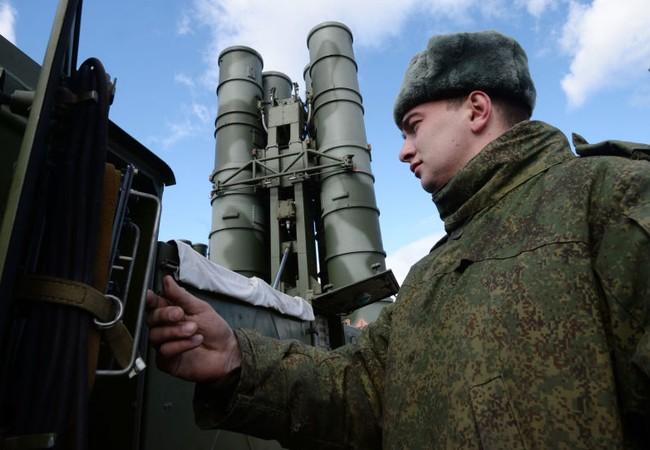Hệ thống tên lửa đáng sợ S-400 của Nga đã có mặt tại chiến trường Syria