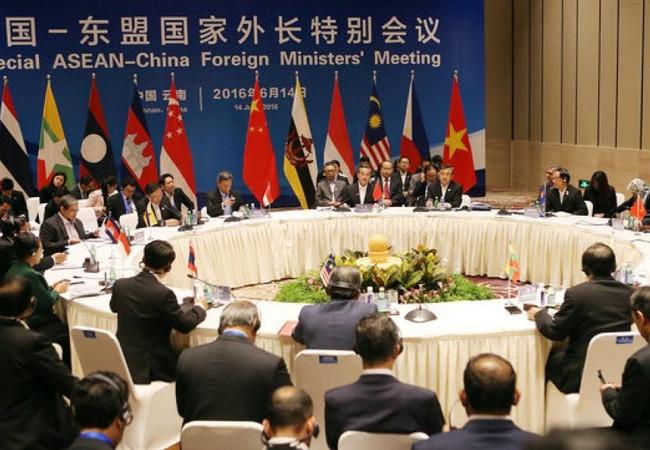 Một cuộc họp giữa quan chức ASEAN và Trung Quốc (ảnh minh họa)