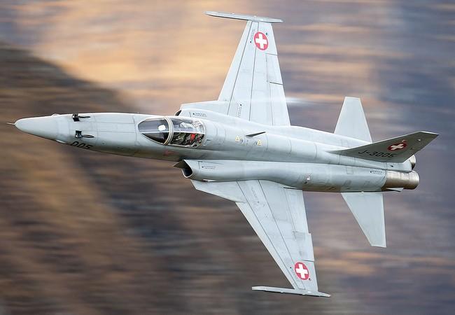 Chiến đấu cơ F-5