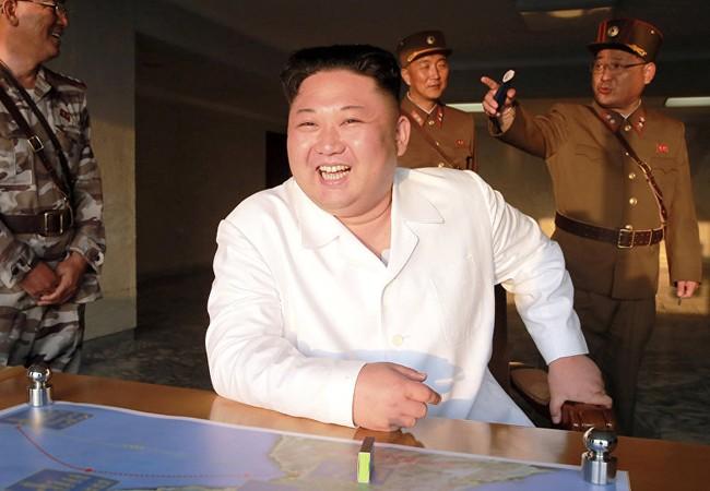 Nhà lãnh đạo Triều Tiên Kim Jong un quyết không lùi bước trước sức ép của Mỹ