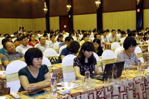 Các đại biểu tham dự buổi tập huấn của Bộ Y tế về hướng dẫn chẩn đoán, điều trị và phòng lây nhiễm MERS-CoV tại Thái Nguyên do Bộ Y tế tổ chức. Ảnh: Lan Anh – TTXVN.