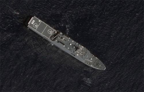 Ảnh vệ tinh Global Times đăng tải về tàu mang số hiệu hiệu 999 xuất hiện ở bãi đá Vành Khăn. Ảnh: Huanqiu