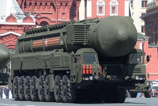 ên lửa chiến lược của Nga tham gia lễ diễu binh kỷ niệm 70 năm Chiến thắng phátxít. (Nguồn: Sputnik)