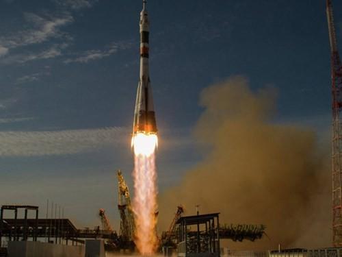 Tàu vũ trụ Soyuz của Nga sẽ tiếp tục đưa hàng lên ISS thay Dragon