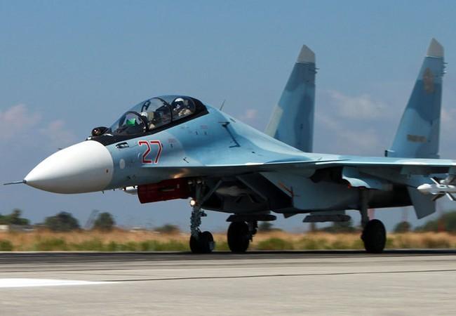 Su – 30 SM bảo vệ và cảnh giới không phận Syria
