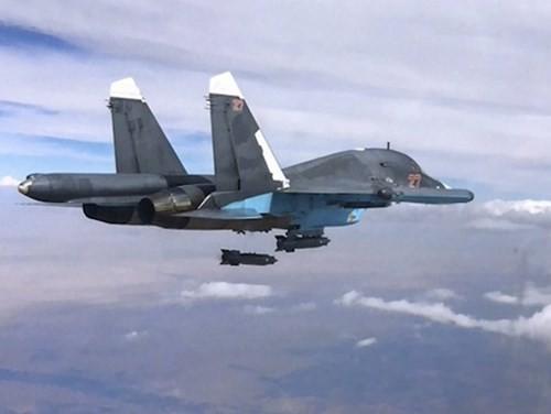 Khủng bố IS rút lui dưới mưa bom của Nga