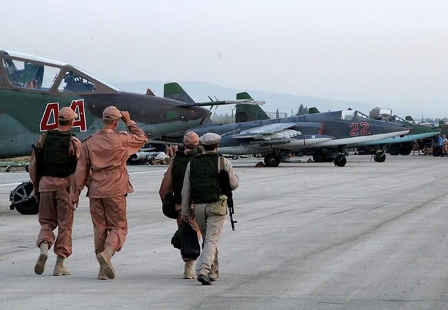 Không quân Nga tiếp tục dội lửa lên các lực lượng khủng bố