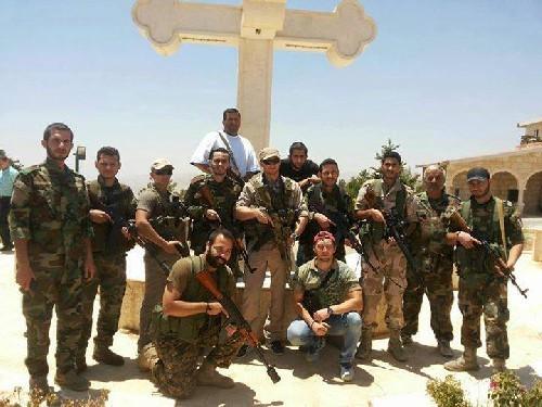 Sau hai ngày bão lửa, dân quân Syria chiếm lại thị trấn chiến lược