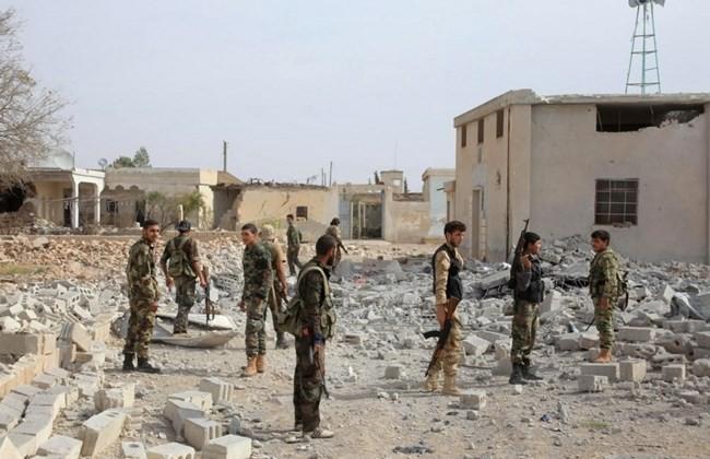 """Không quân Syria gia tăng """"tặng quà"""" phiến quân, giải phóng nhiều vùng đất"""
