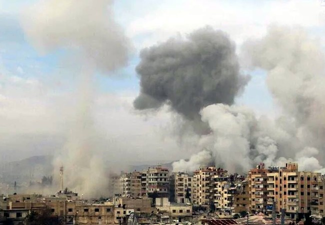 Quân đội Syria không kích dữ dội ngoại vi thủ đô Damascus