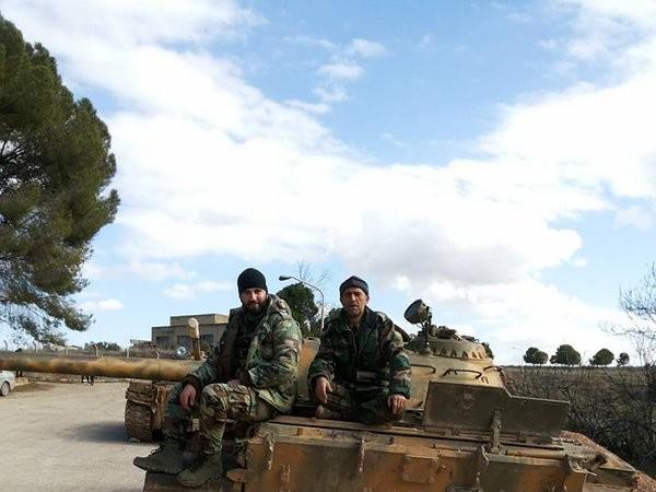 Lữ đoàn 103 và lực lượng Diều hâu Sa mạc tấn công thị trấn Kinsibba