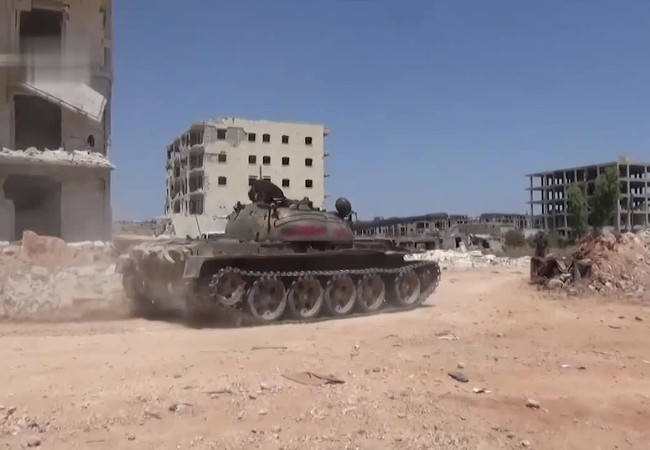 Video: Không quân Nga ném bom dữ dội thành phố Darayya