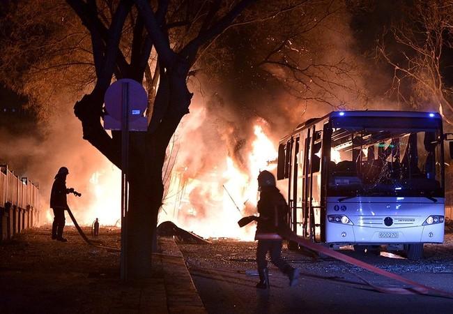 Khủng bố ở Ankara khiến 28 người thiệt mạng
